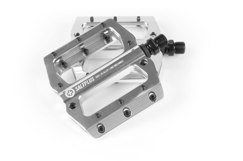 Picture of SaltPLUS ECHO Pedals silver polished 9/16''